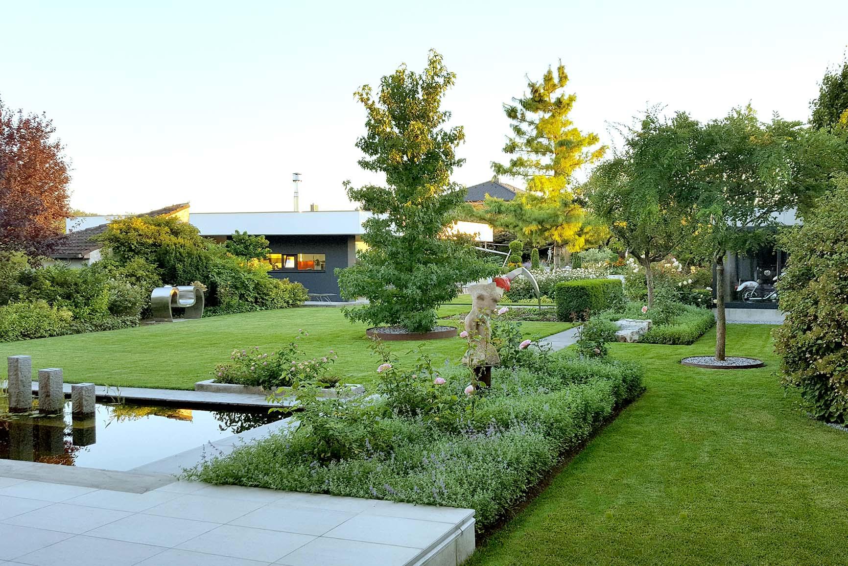 Planung mit Pool im Garten
