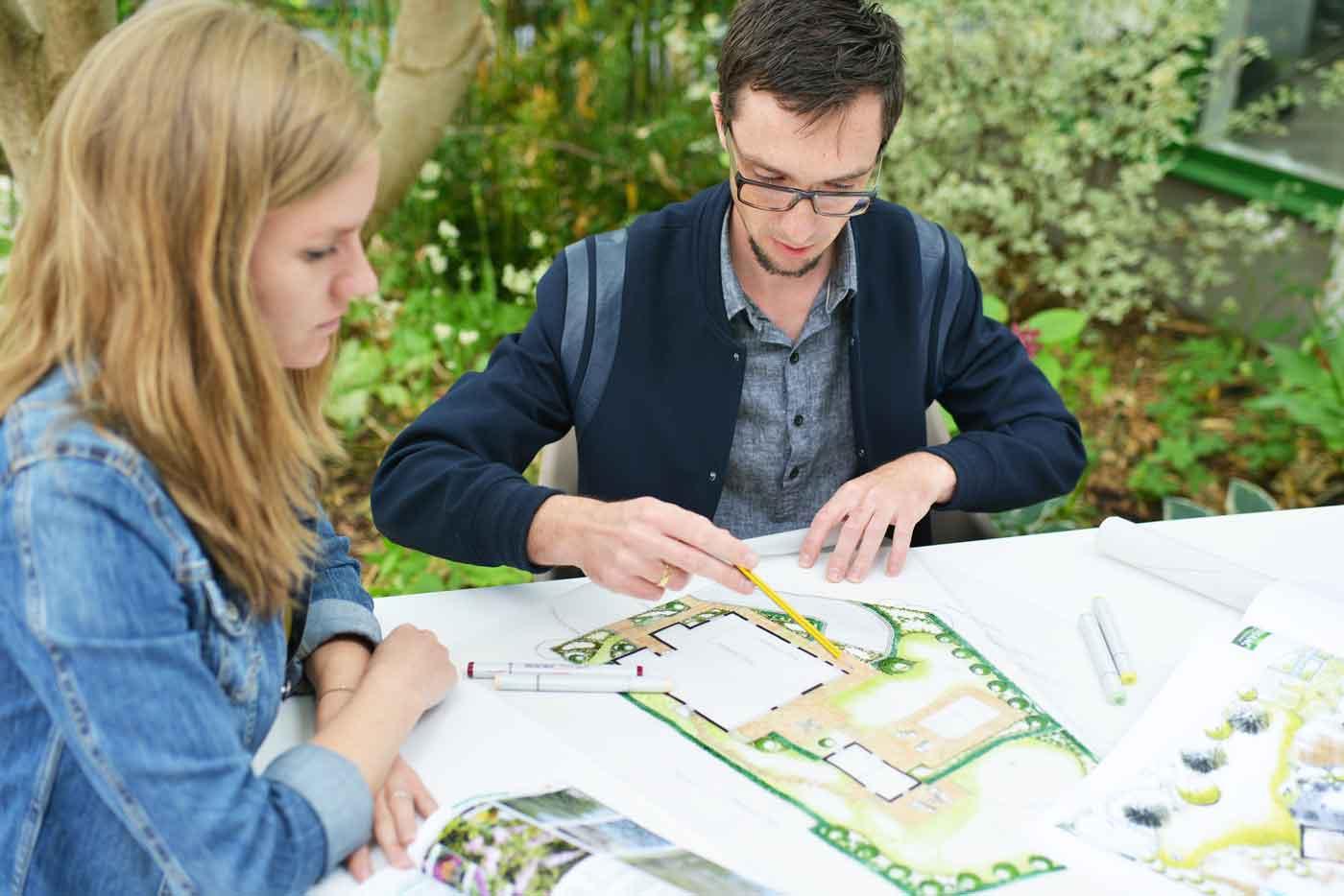 Gartengestaltung mit Kunden
